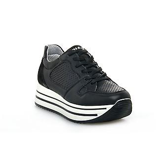 Igi & co kay black shoes