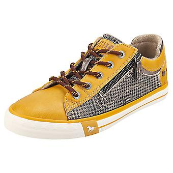 Mustang Side Zip Low Top Womens Fashion Trainers in Yellow