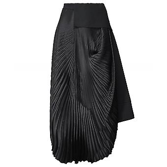 High Penchant Pleated Double Layer Skirt