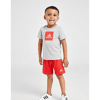 Új adidas Csecsemő Badge sport póló / rövidnadrág set szürke