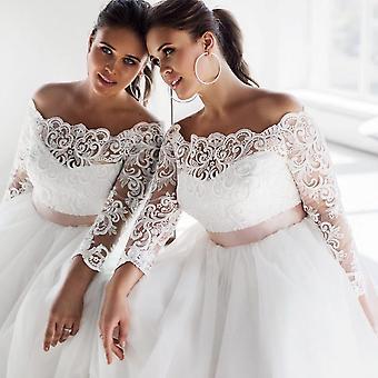 فستان زفاف أنيق من الدانتيل طويل الأكمام