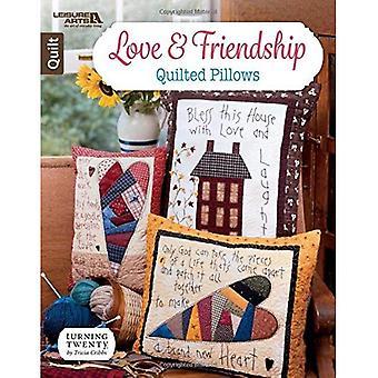 Kärlek & vänskap quiltade kuddar