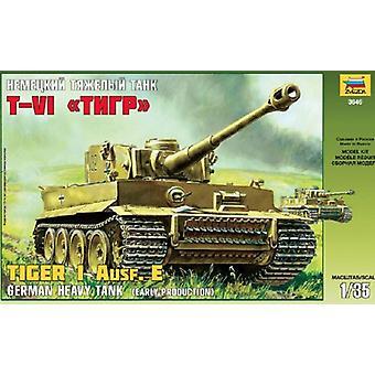 Zvezda Z3646 Tiger I German heavy tank