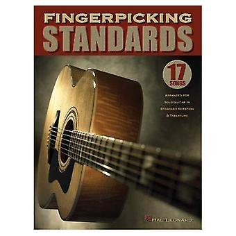 Fingerpicking normen: 17 liederen gearrangeerd voor Solo gitaar in de standaardnotatie & tabulatuur