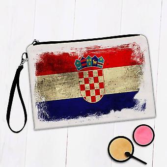 Torba na makijaż prezentów: Chorwacja w trudnej sytuacji