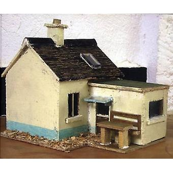 Small Houses - The Buildings of Tom Browne (illustrated edition) by Er
