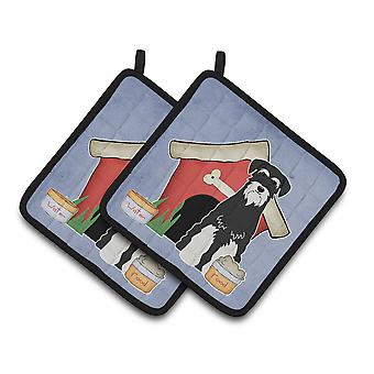 Dog House Collection Standard Schnauzer Salt and Pepper Pair of Pot Holders