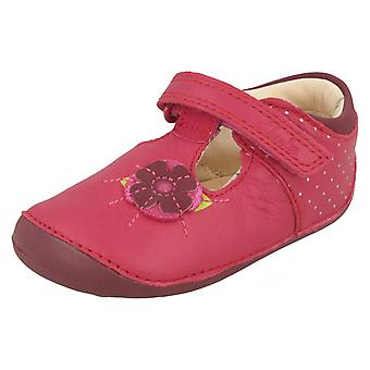 Girls Clarks Leather First Shoes 'Little Poppy'