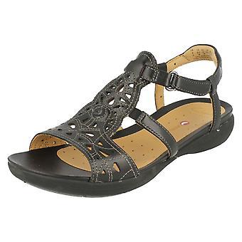 Hyvät Clarks jäsentymätön sandaalit YK: Valencia