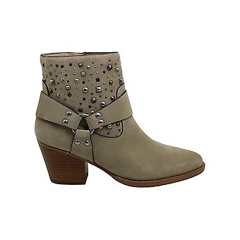 Coach Womens Pia Stud West BTE SD Leather Almond Toe Ankle Fashion Boots
