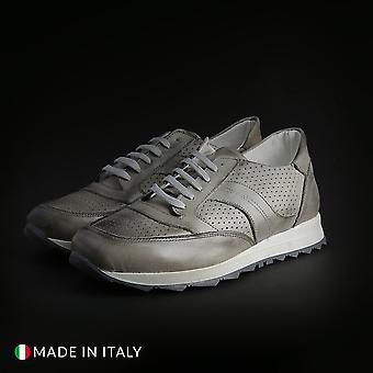 Sb 3012 - 405_crust - men's footwear