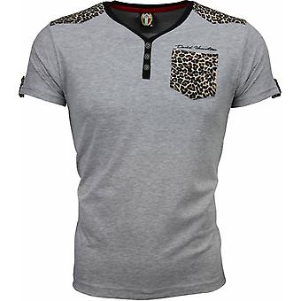 T-shirt-Tiger Print motif-Grey