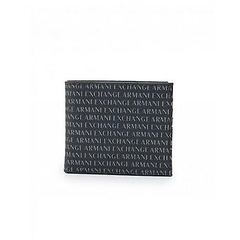 שערי ארמאני על כל הארנק הילפל
