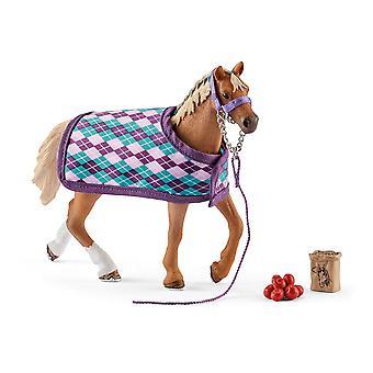 Schleich Horse Club - Englantilainen täysiverinen hevoshahmo peitolla