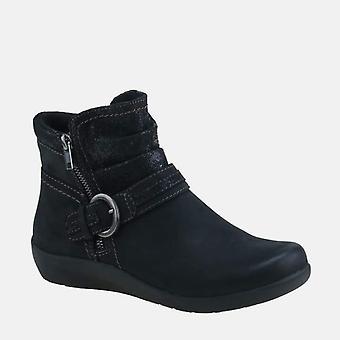 Fairfax black