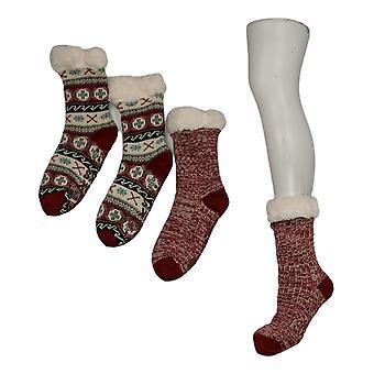 Muk Luks Women's 2 Pack Printed Cabin Sox Red Socks 673615
