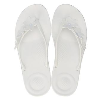 Women's Fit Flop iQushion Flower Flip Flops in White