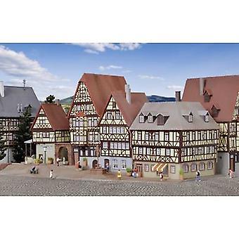 Kibri 37102 N Marktplatz Miltenberg Montagesatz