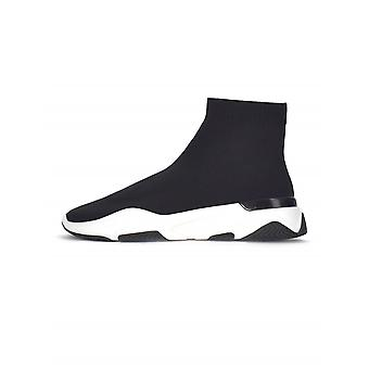 Mallet Mallet Black Sock Runner