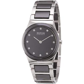 Bering Analog quartz Bracelet Watch with Different 32230-742 Materials