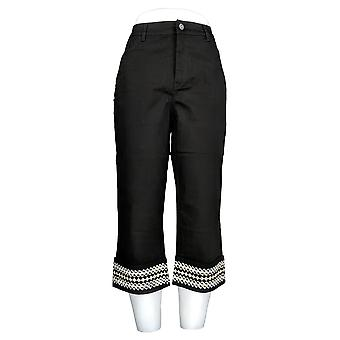 Denim & Co. Women's Embroidered Cuff 5-Pocket Capri Pants Black A307667