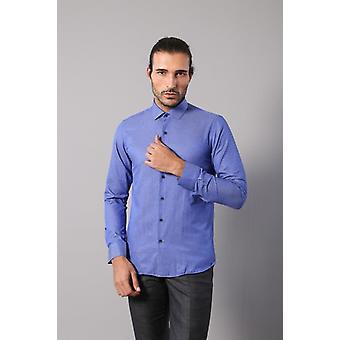 Patterned blue shirt