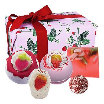 Bomb Cosmetics Gift Set - Strawberry Feels Forever