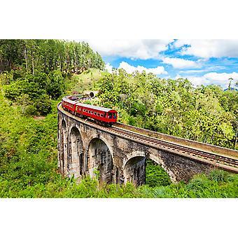 Trem mural de papel de parede na Ponte Nine Arches Demodara no Sri Lanka