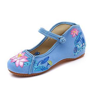 Women's Chinese Retro Ethnic Embroidery Low Heel Flat Elevator Cheongsam Dress Shoes Lotus Pond Moonlight