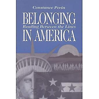 Appartenant en Amérique: lire entre les lignes