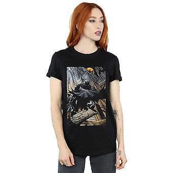 DC Comics Women's Batman Night Gotham City Boyfriend Fit T-Shirt
