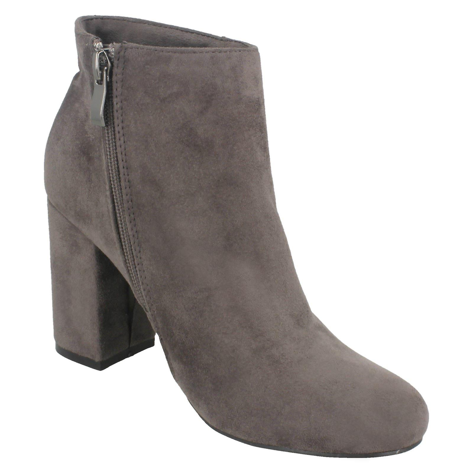 Ladies Spot On Blocked Heel Ankle Boots F50853