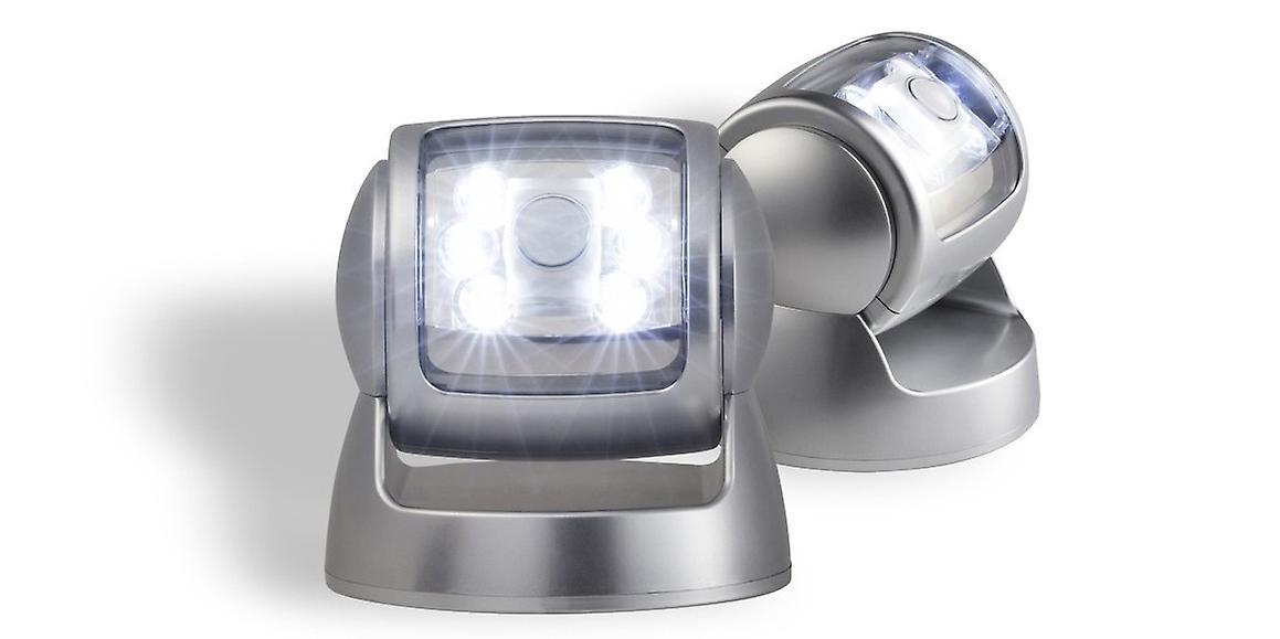 Porch light met sensor Parent