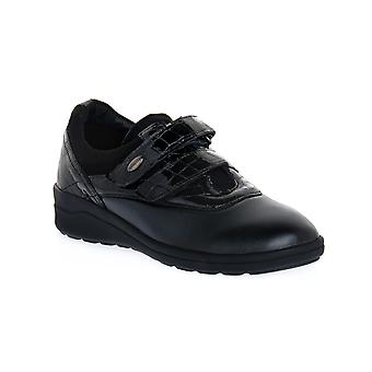 Grunland niff svarta skor
