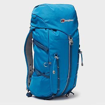 New Berghaus Freeflow 25 Litre Daysack Travel Bag Red
