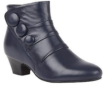 لوتس برانسر أحذية الكاحل المرأة