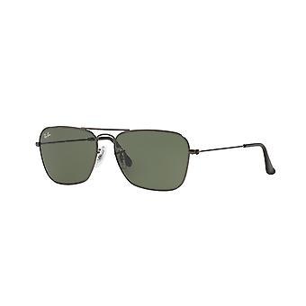 راي بان كارافان RB3136 004 النظارات الشمسية غونميتال