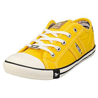 Mustang Lace Up Low Top Womens Casual Trainers em Amarelo