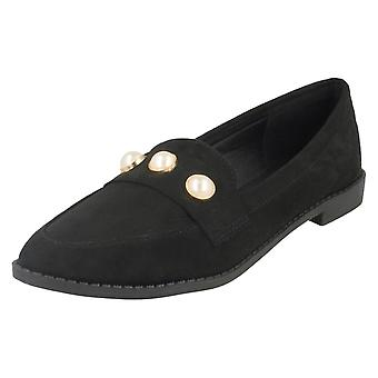 Damen-Spot auf Spitzen Zehen Loafers F80334