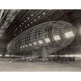 La nariz del USS Akron fijarán circa 1933 cartel imprimir imágenes de Stocktrek