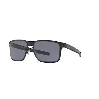 أوكلي هولبروك ميتال OO4123 01 ماتي الأسود / النظارات الشمسية الرمادية الدافئة