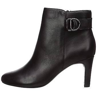 Bandolino Women's Lanna Ankle Boot