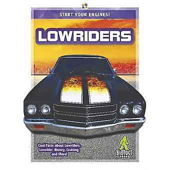 Starta dina motorer Lowriders av Martha London