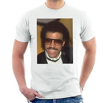TV Zeiten Pop-Sänger Lionel Richie 1985 Herren T-Shirt