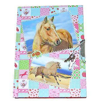 Dagbog med hest og lås