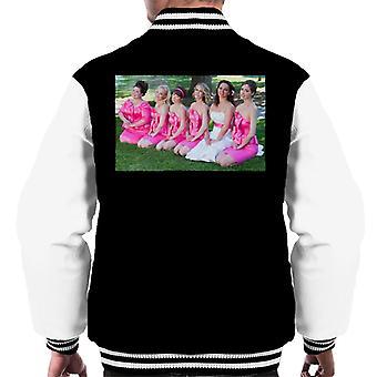 Brudtärnor Brudar Bröllopsfest Foto knästående på gräsmattan Män's Varsity Jacket