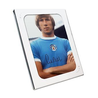 Colin Bell allekirjoitti Manchester Cityn kuvan. Lahjalaatikko