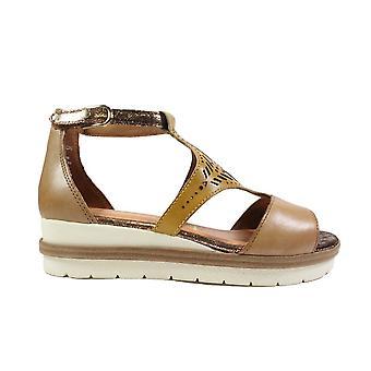 Tamaris 28228 Tan Leather Womens Closed Back/Open Toe Sandals