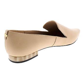 Calvin Klein Women's Elin Apontou Toe Flat