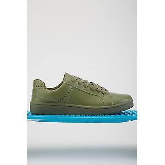 Perforierte Kunstleder Sneakers